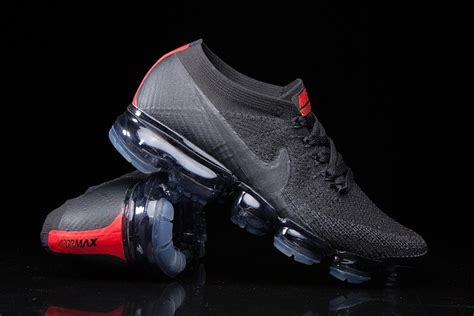 mainplace mall the nike air vapormax dark team red shoe