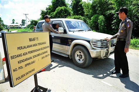 consolato malesia il pollaio delle news 78 lavoratori indonesiani deportati