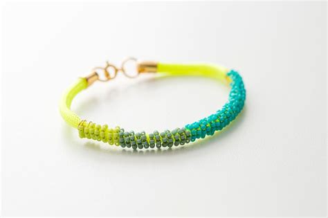 how to bead a bracelet free 33 diy beaded bracelet patterns ideas for diy