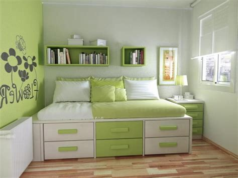 Small Bedrooms Decorating Style Comes With Day Bed Design Bedroom Design For Small Space