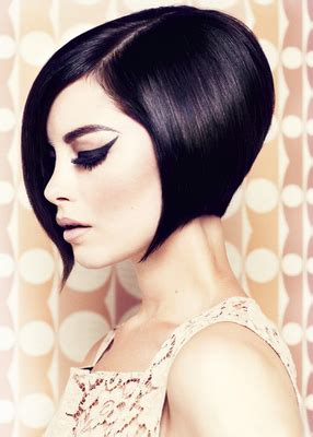 hidden stack shape haircut best short haircuts for round faces