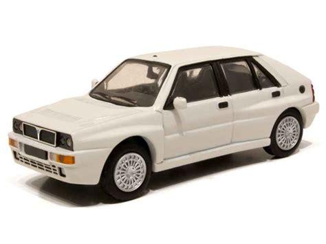 New Premium Diecast Lancia Delta Integrale Hf Miniatur Mobil Klasik voiture miniature lancia delta 1 43 1 18 autos