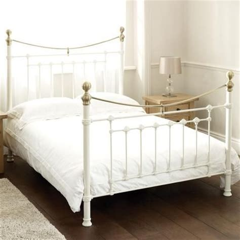 White Bedsteads King Size Lilly White Metal King Size Bed 163 250 Bedroom
