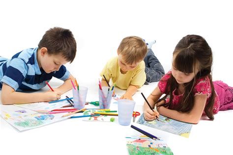 How To Use Craft To Improve Your Child S Communication Skills Modern Speechie Kid Drawing Picture