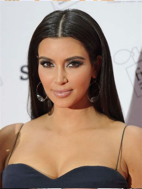 hairstyles for hair part in the middle kim kardashian with a sleek middle part hairstyles