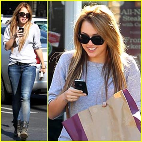 Panera Bread Background Check Miley Cyrus Is Panera Bread Pretty Miley Cyrus Just Jared Jr