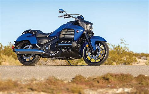 honda gold wing valkyrie 2014 honda gold wing valkyrie the awesomer