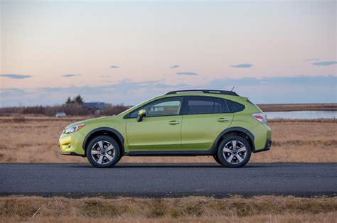 green subaru 2014 subaru crosstrek hybrid green static photo 70