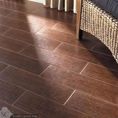 tile that looks like wood hand scraped wood tile the ceramic porcelain tile that