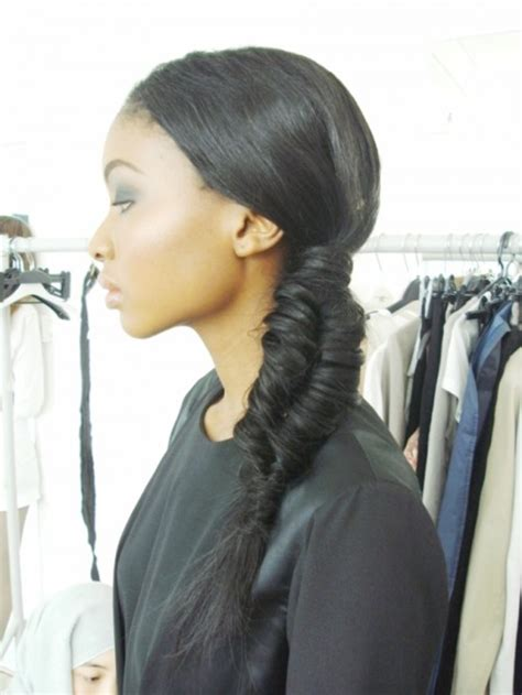 Fishtail Braid Black Women | 20 awesome jazzed up fishtail braid hairstyles