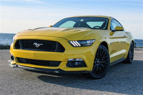 ford mustang gt launched in india at rs 65 lakh