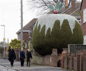 mr printable giant christmas tree pictured the tree shaped like a giant christmas pudding