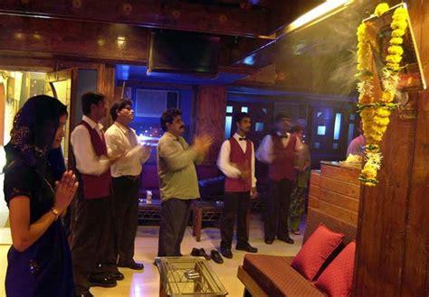 top dance bar in mumbai 10 facts to know about mumbai s dance bars india news