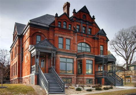old mansions historic armstrong quinlan mansion condominium auction