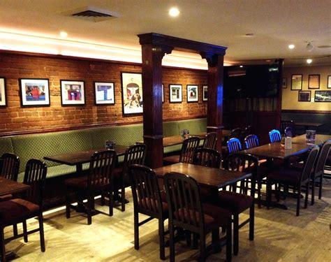 home irish embassy pub grill montreal