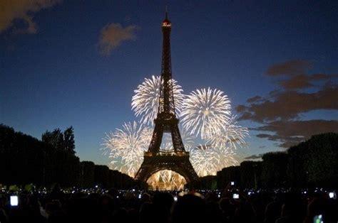 Gelang Eiffel Mutiara By Greeacc 7 pesta tahun baru terbaik di dunia kata kata mutiara