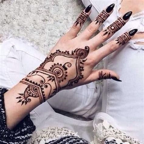 henna tattoo hand we heart it 44 henna tattoos to transform your figure into