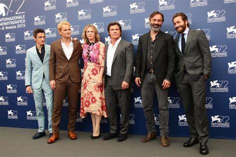 film everest cast venezia 72 apertura gelida con jake gyllenhaal e josh