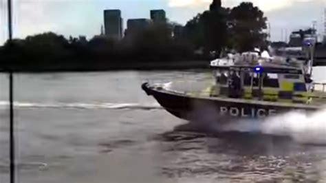 jordan lake speed boat rental video london police chase jet skiers down river thames in