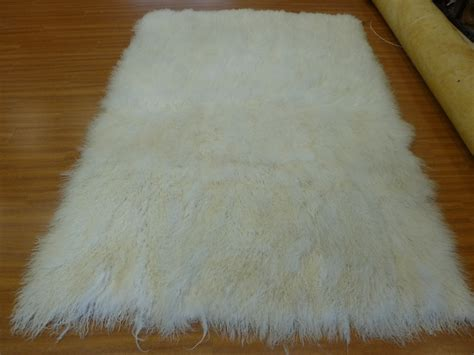 cleaning rugs by flokati rug cleaning los angeles la area rug cleaners