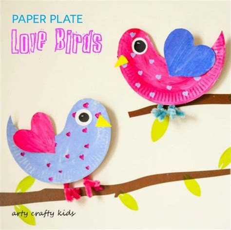 Paper Plate Parrot Craft - 25 amazing crafts to try right now