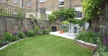how to design a long thin garden garden post