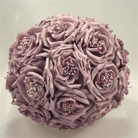 wedding bouquet lilac wedding flowers design ideas lilac wedding flowers and
