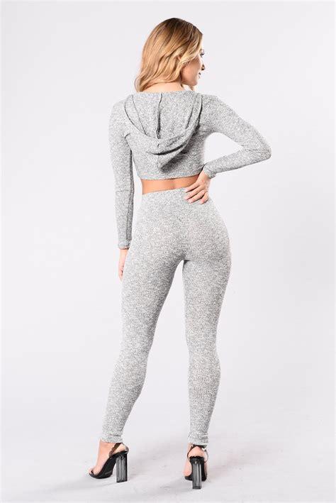 fashion grey wanderlust leggings grey leggings by fashion nova