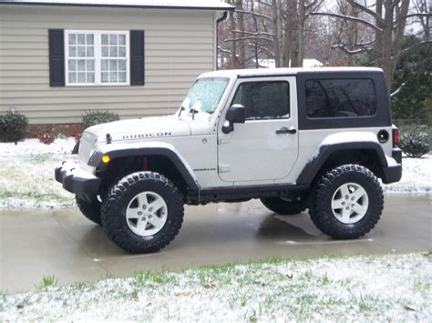 35 Jeep Tires 35 Tires On Stock Rubicon Wheels Pics Jk