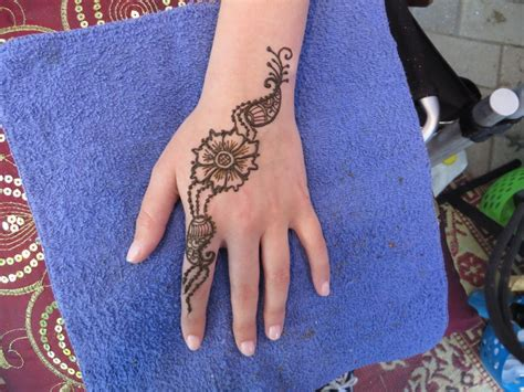 henna tattoo portland hire glitter ruby s henna and paint a la henna