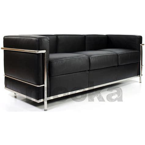le corbusier lc2 sofa le corbusier lc2 sofa 3 seater mooka modern furniture