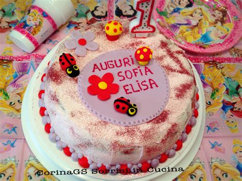 decorazioni torte con fiori di pasta di zucchero torta compleanno con decorazioni di pasta di zucchero