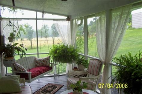 screened porch makeover best 25 screen porch decorating ideas on pinterest