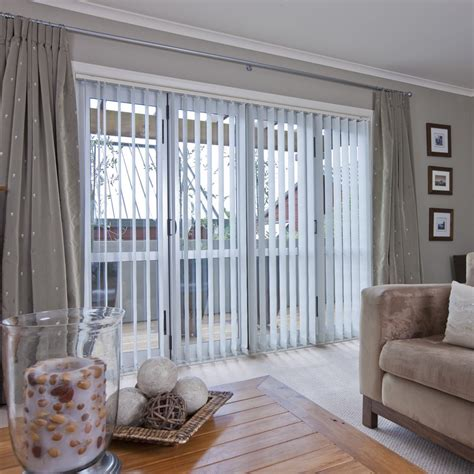 Advantages of curtains over blinds interior exterior homie