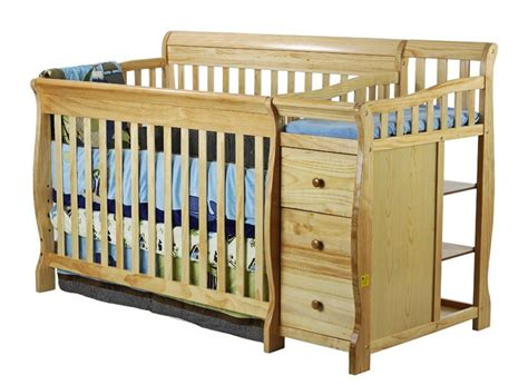 4 In 1 Convertible Crib With Changer On Me On Me 4 In 1 Brody Convertible Crib With