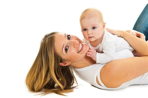 madres se cojen a su hijo doemidos madre se coge a hijo dormido hijo borracho se coge a mama