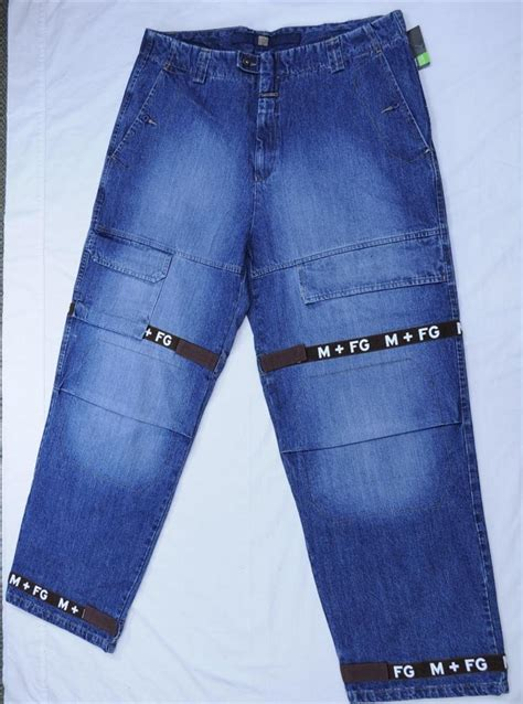 francois girbaud mens jeans marithe francois girbaud mens new letter shuttle chocolate
