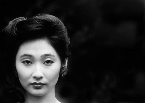 tokyo makeup artist zawachin from blogger to guru japanese beauty photograph by don wolf