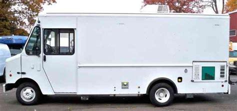 new haggetts aluminum work van haggetts aluminum ford ford morgan olson step van 2013 van box trucks