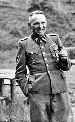commandant of auschwitz rudolf hoss his and his forced confessions holocaust handbooks books did rudolf hoess the commandant of auschwitz any of