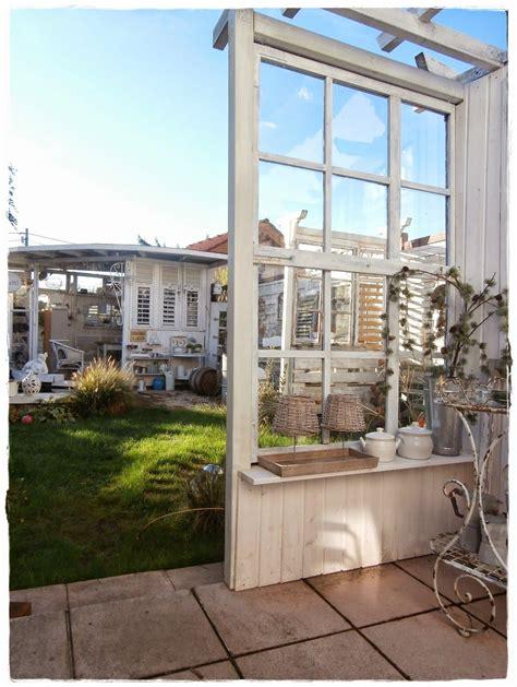 Sichtschutz Fenster Gartenhaus by Shabby Landhaus Alte Fenster Gartenhaus In 2018