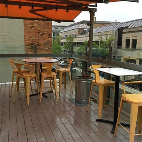 Social Bar And Kitchen by Social Kitchen Rooftop Dining Picture Of Social Kitchen