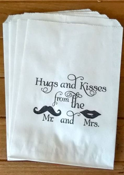 50 white retro hugs and kisses candy buffet bags
