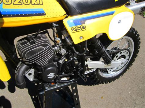 Suzuki Vin Decoder Dirt Bike 1979 Suzuki Rm250 Dirt Bike Motorcycle Ahrma New Tires