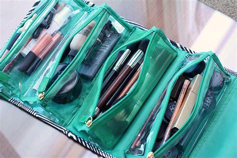 Valet Make Up I M Rolling With Kashuk S 19 99 Roll Up Valet