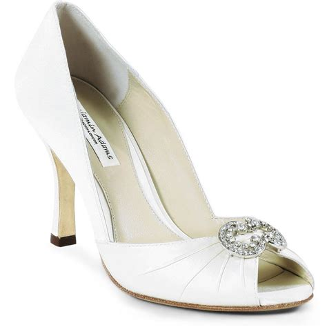 Wedding Shoes Ivory Dress by Wedding Shoes Bridal Shoes Wedding Dresses Wedding Gowns