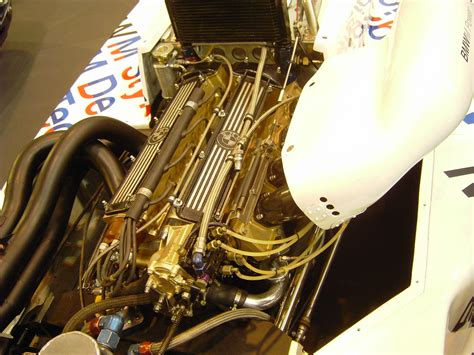 formula 4 engine file bmw formula 2 engine jpg wikimedia commons