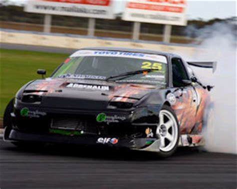 motor school brisbane learn to drift queensland raceway brisbane adrenaline