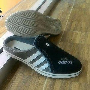 Cmr293 Sandal Teplek Hitam Berkualitas jual sepatu sandal selop pria cowok adidas bustong murah berkualitas abu hitam di lapak bilqis
