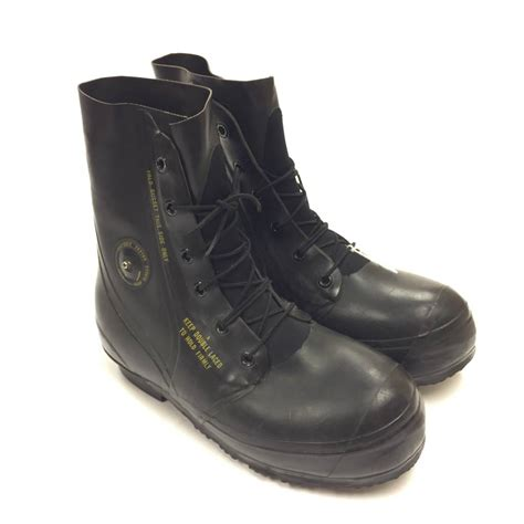 cold weather mickey mouse boots black or white